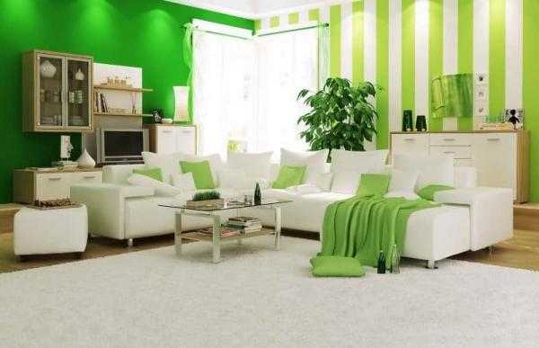 Зеленые обои в дизайне гостиной