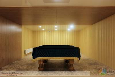 Бильярдный зал