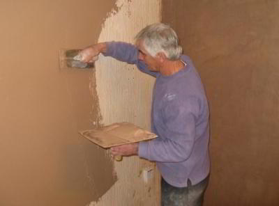 Как покрыть декоративной краской для стен поверхность
