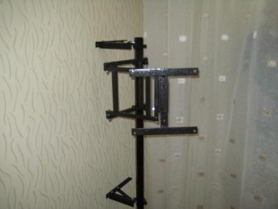Как сделать телевизор на стене поворотный своими руками