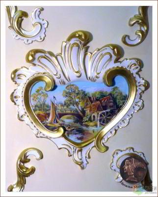 Художественная роспись стен и лепнины в гостиной