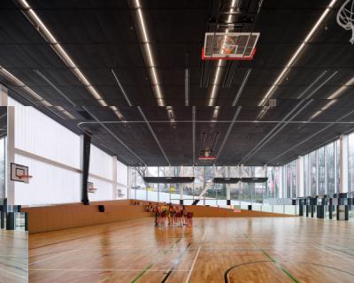 Школа науки и спорта по проекту бюро OMA