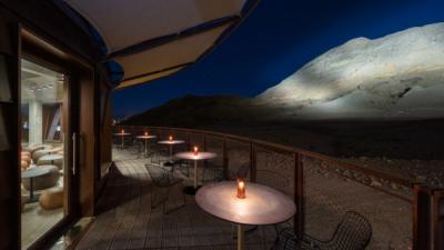Геологический центр в Шардже по проекту Hopkins Architects