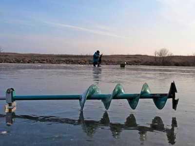 А что там, подо льдом?