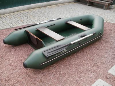 Килевая или плоскодонка: отличия между разными видами лодок ПВХ